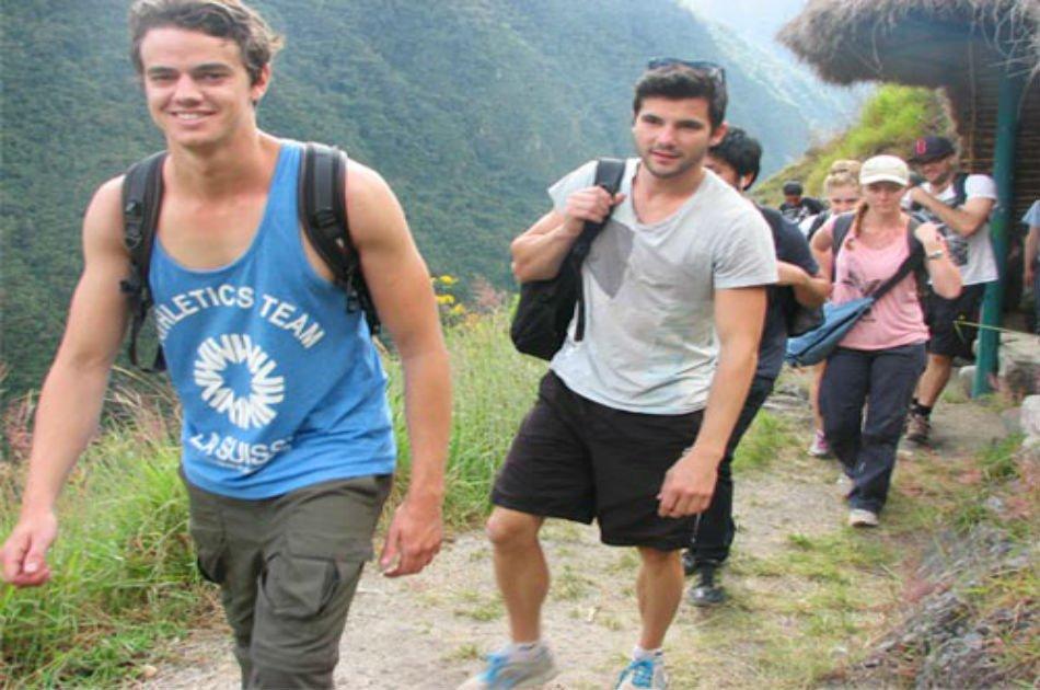 2-Day Inca Trail to Machu Picchu Trek from Cusco