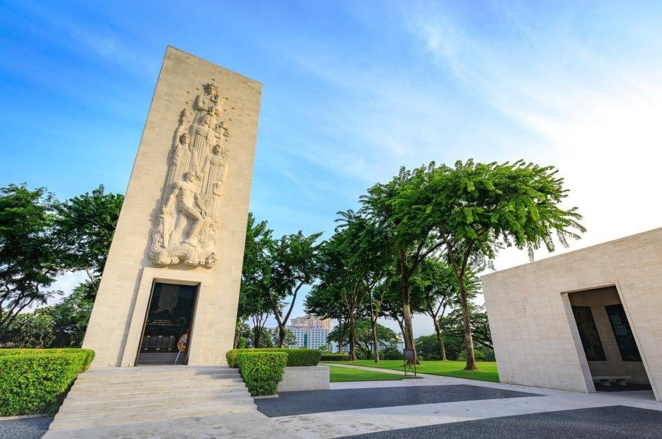 Explore Manila on a Private City Tour Shore Excursion