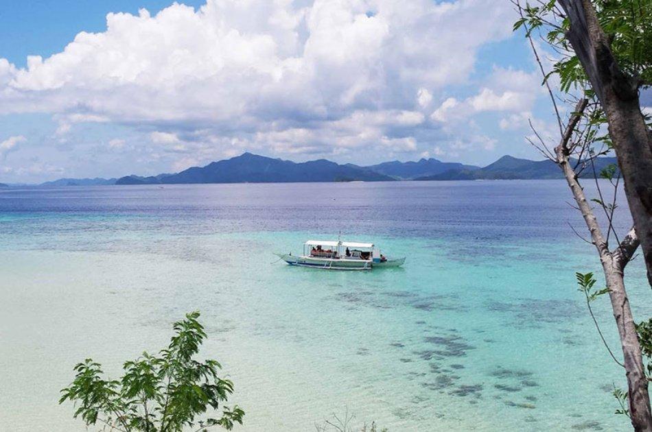 Malcapuya Island Getaway With Buffet Lunch