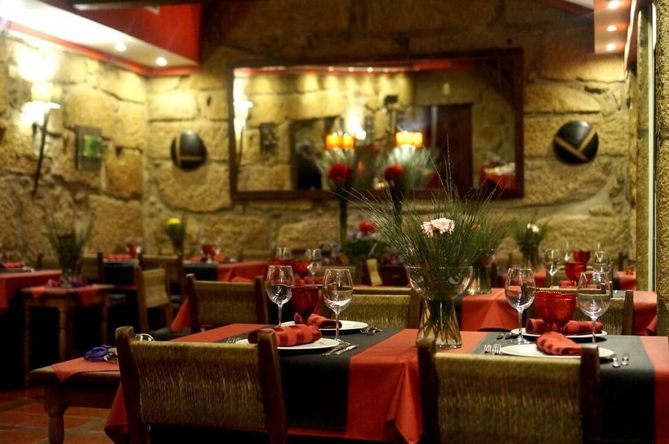 Dão Tour with Food & Wine Tastings including Lunch from Porto