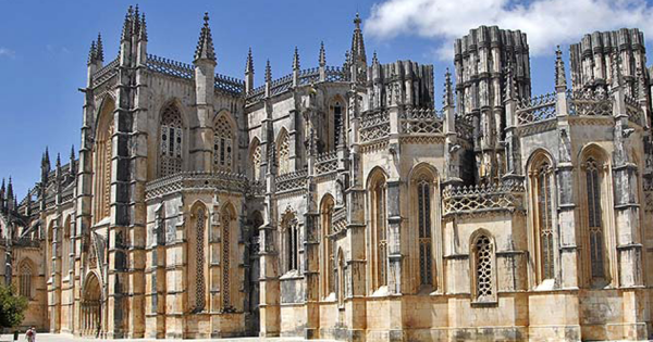 Fátima-Batalha-Nazaré-Óbidos Private Full Day Tour