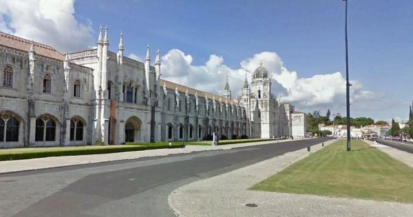 Lisbon Airport Private Arrivals Transfer