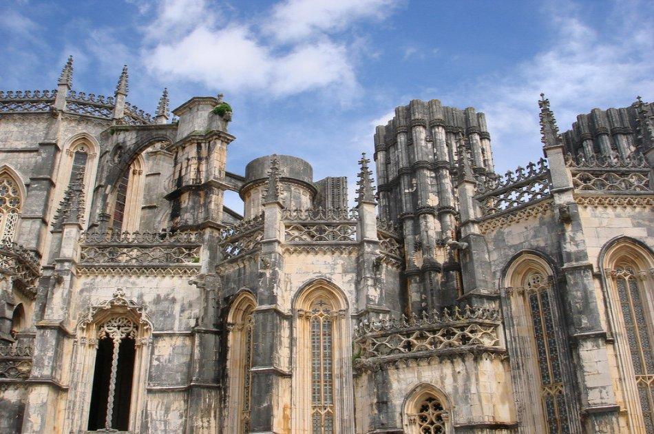 Private Small Group Tour Obidos, Alcobaça, Batalha, Fátima