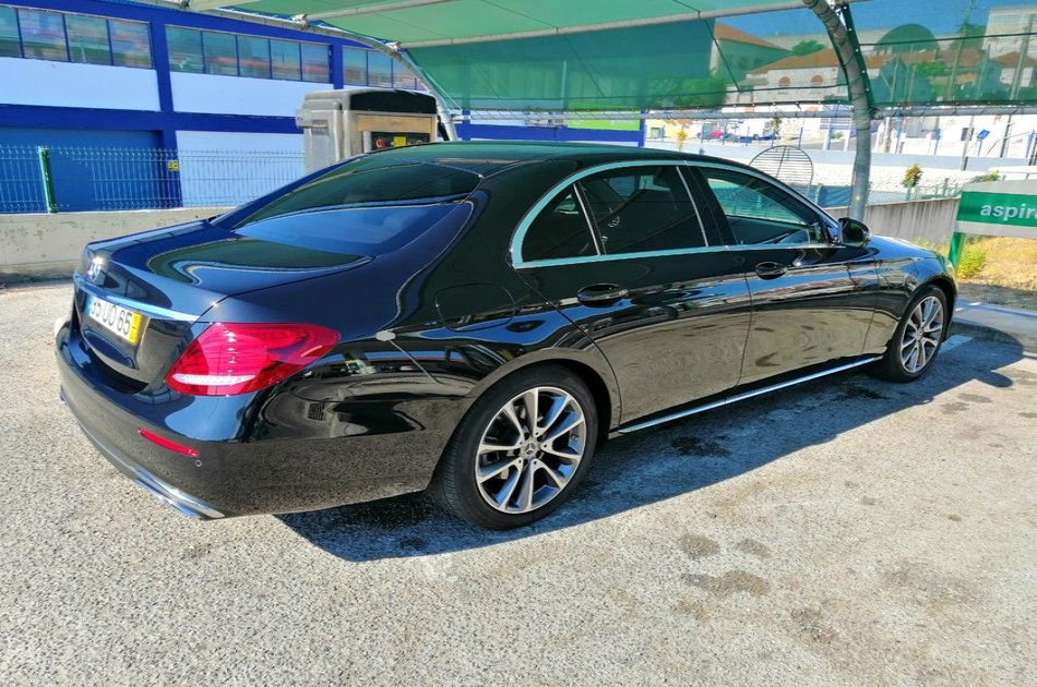 Private Transfer from Lisbon City Center to Lisbon Airport