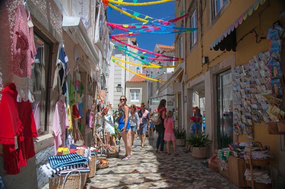 Sintra, Estoril Coast and Queluz Palace Private Tour
