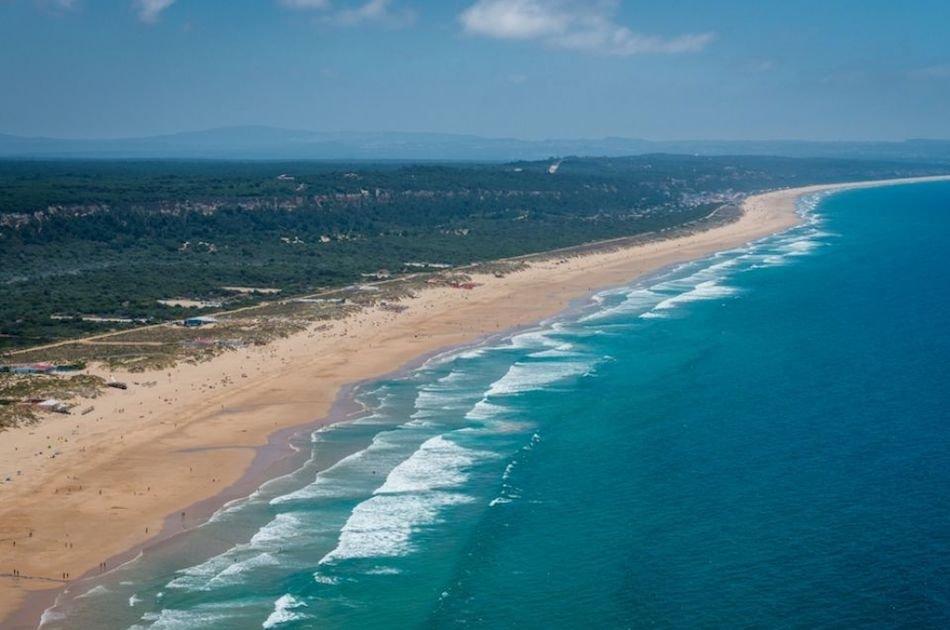 Transfer from Lisbon Airport to Costa de Caparica
