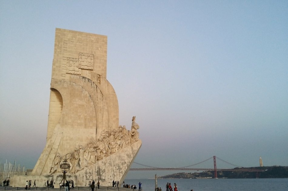 Transfer from Lisbon Airport to Lisbon