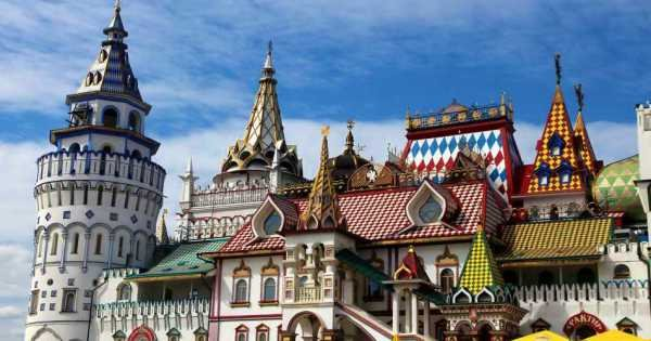 Red Square Private Tour by Car Including Sparrow Hills and Kremlin Visit