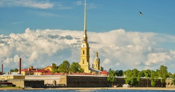 St. Petersburg 2 Day Visa Free Shore Tour