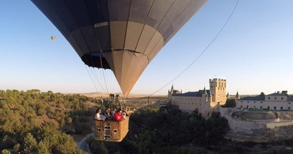 Balloon Ride over World Heritage City of Segovia