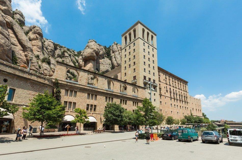 Barcelona Cruise Port Private Round Trip Transfers to Barcelona City