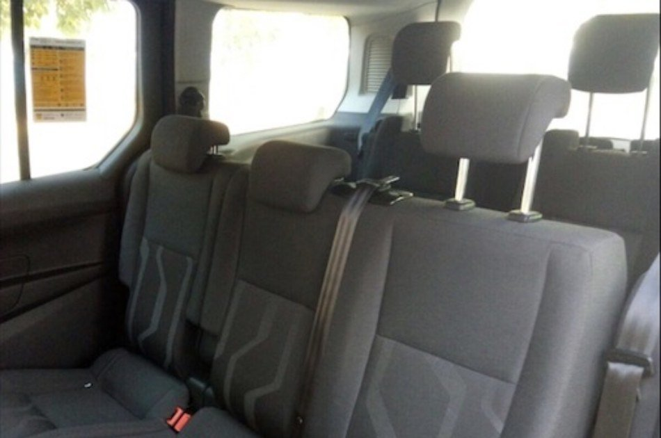 Barcelona Cruise Port to Barcelona BCN Airport Private Transfer
