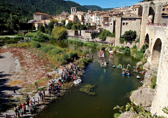 For 12 Days Glamorous Spain Signature Tour
