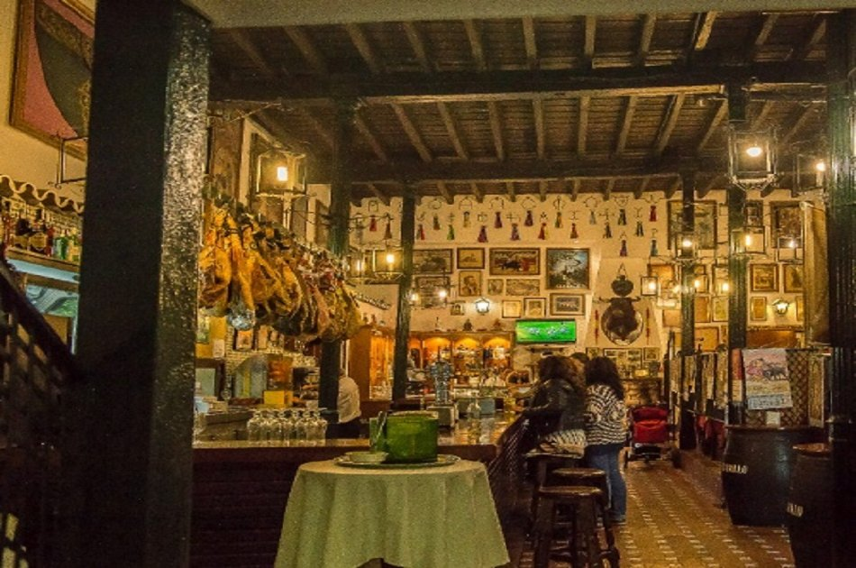 Bullfighter Tour With Tapas From Seville