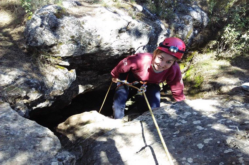 Caving in Granada: Nivar Cave