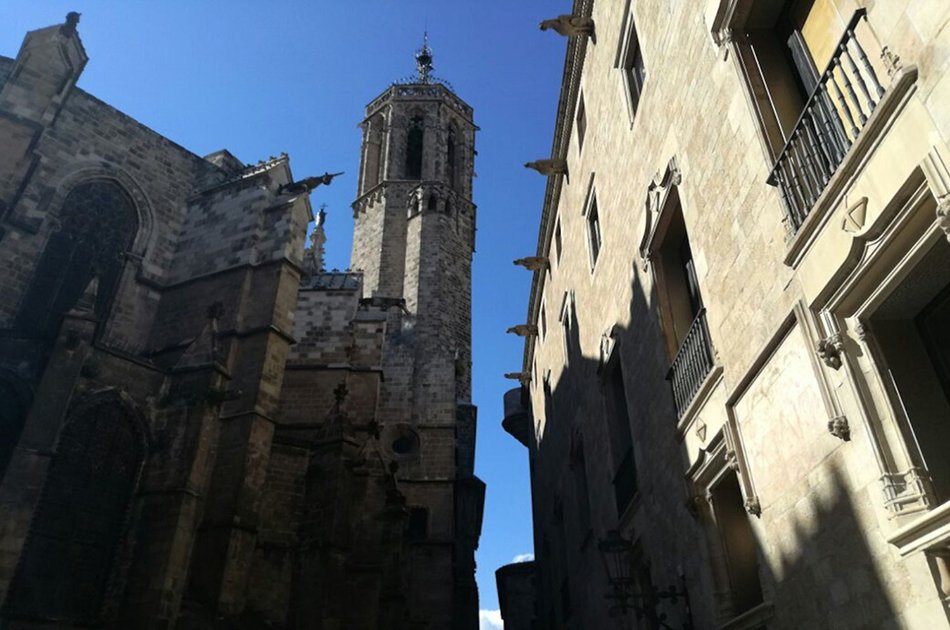Medieval Barcelona: Barrio Gotico Family Friendly Tour