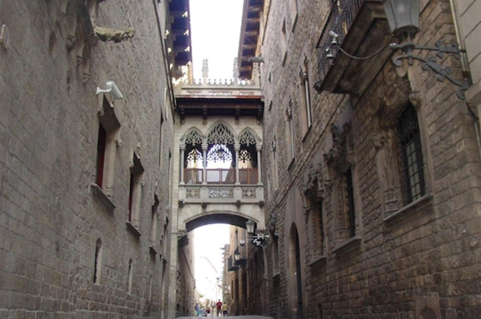 Medieval Barcelona Semi Private Tour For Kids