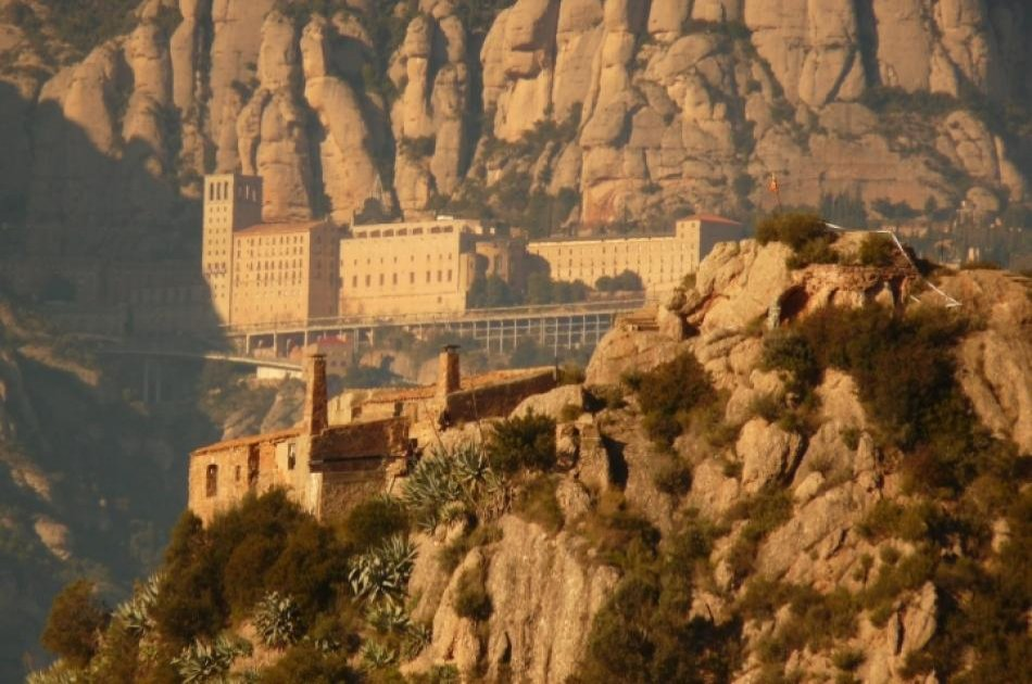 Montserrat Mountain Small Group Tour From Barcelona