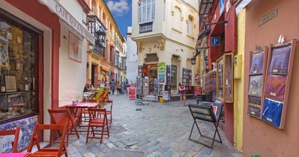 Old Seville Santa Cruz Walking Tour