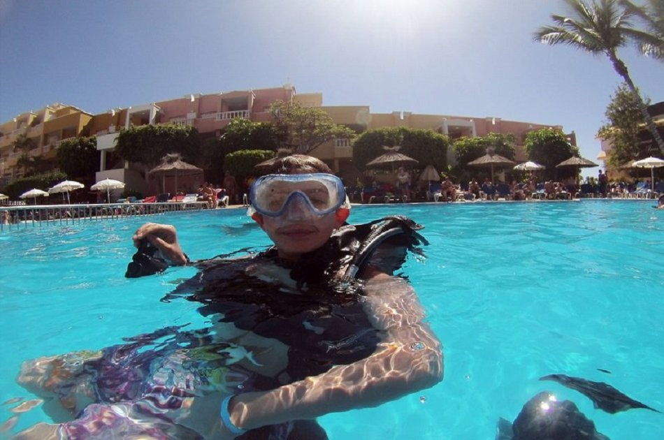 Open Water Course PADI in 3 Days in Los Christianos