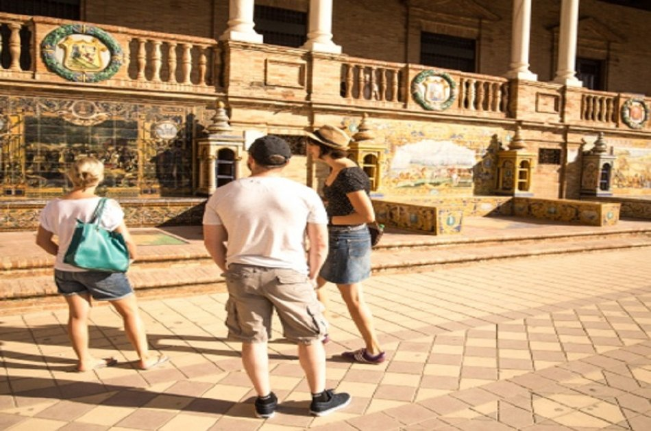 Private Iberoamerican Exposition of 1929 Exhibition Day Tour From Seville