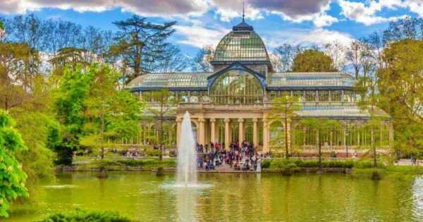 Secrets of the Retiro Park: Private Walking Tour