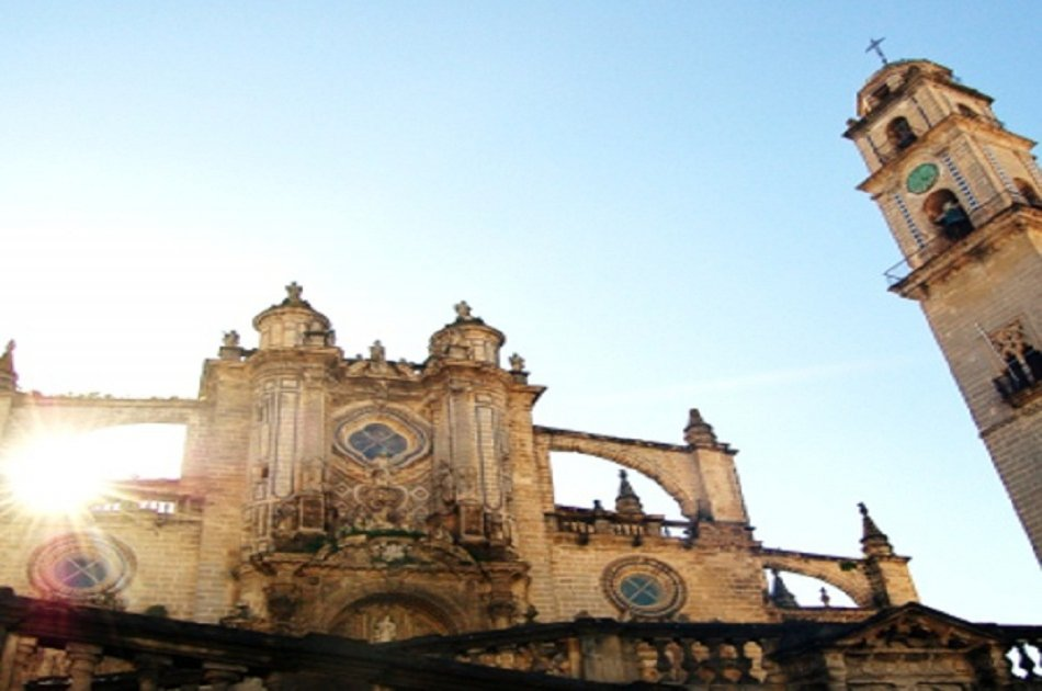 Semi Private Jerez Tour From Seville
