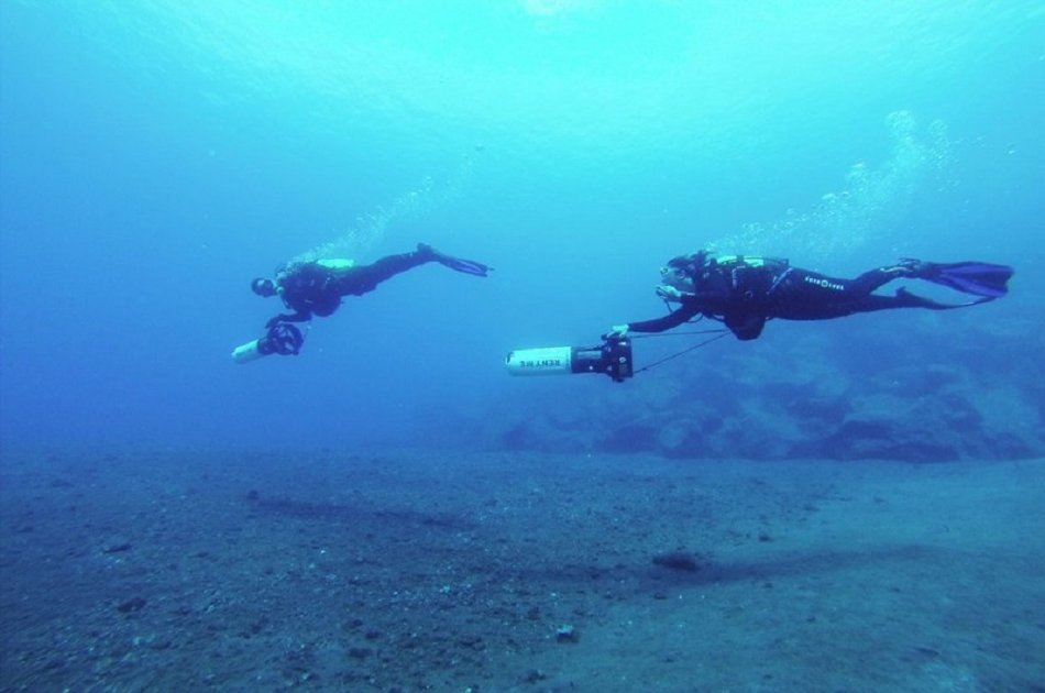 Try Dive With Underwater Scooter (DPV) in Los Christianos