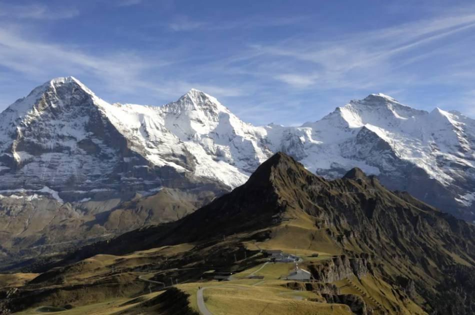 Kleine Scheidegg - Centre of the Alps