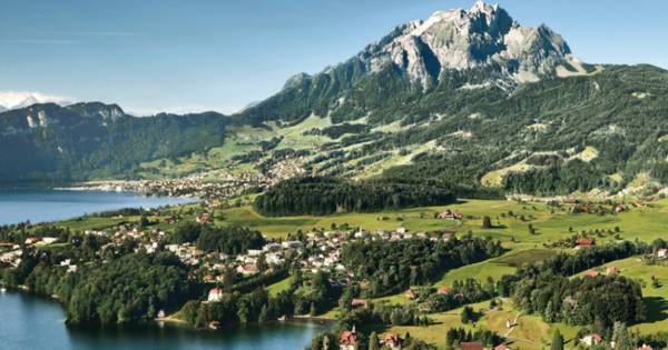 Pilatus - The Golden Round Trip (Summer)