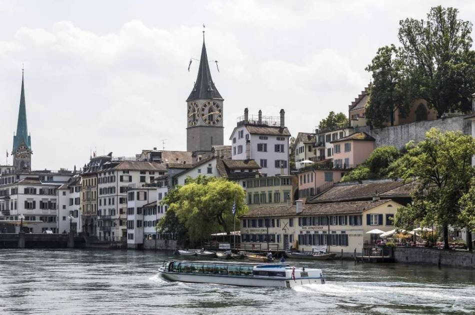 Zurich Tour With Cruise and Chocolate