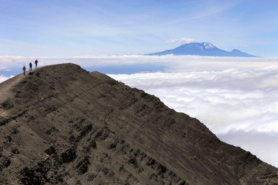 Private Climbing Tour Mount Meru in Tanzania