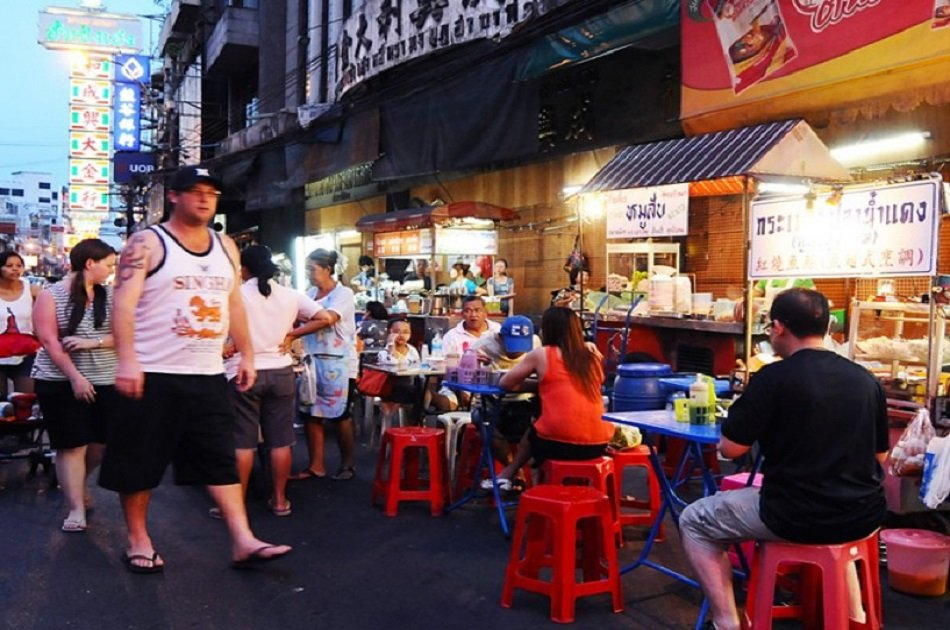 Follow the Street Food Tour Trail of China Town