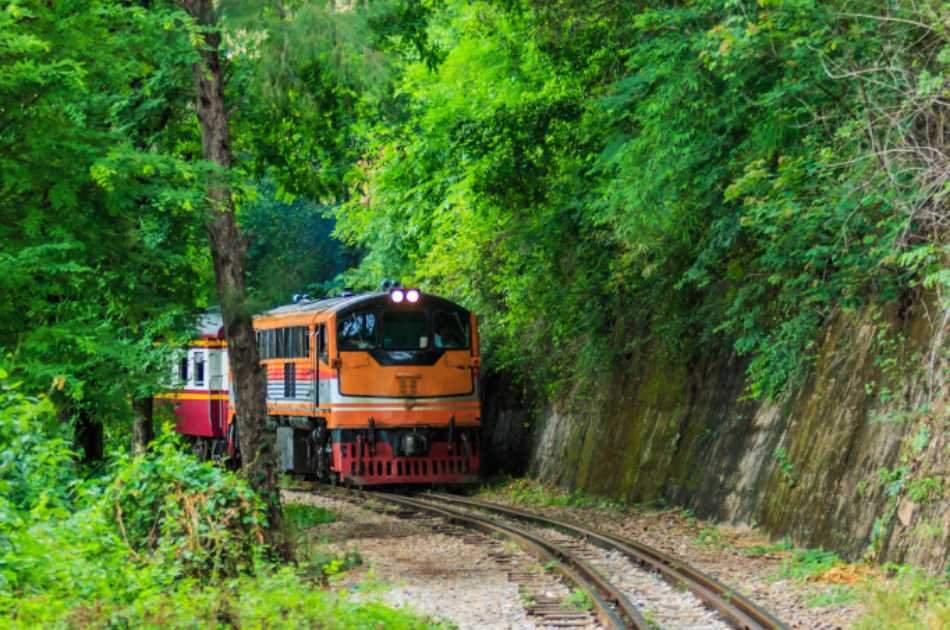 Go on a Train Tour to Kanchanaburi Province