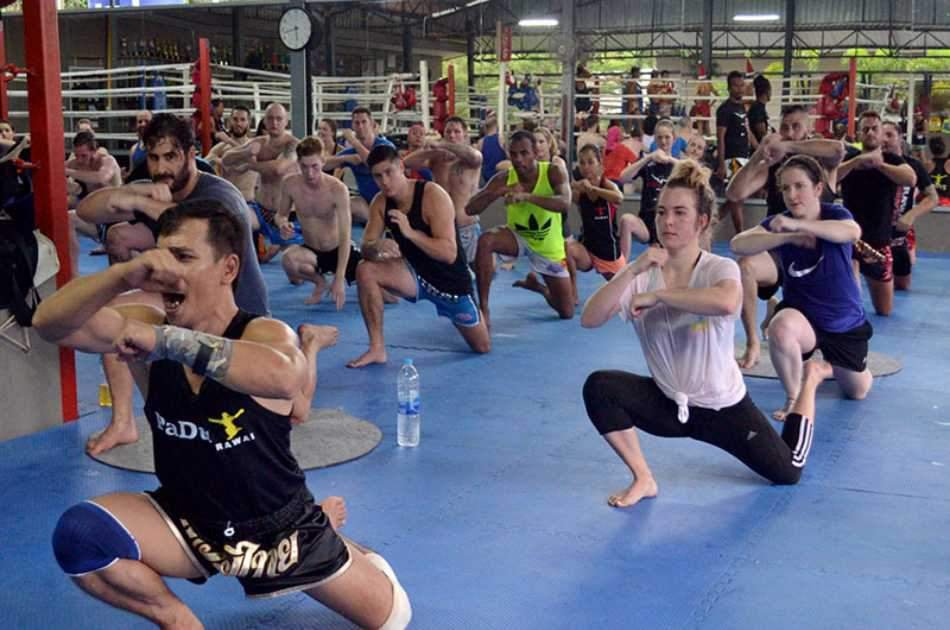 Thai Boxing Class With Real Boxer Trainers