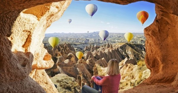 2-Day Cappadocia Tour with Optional Hot Air Balloon Ride from Istanbul