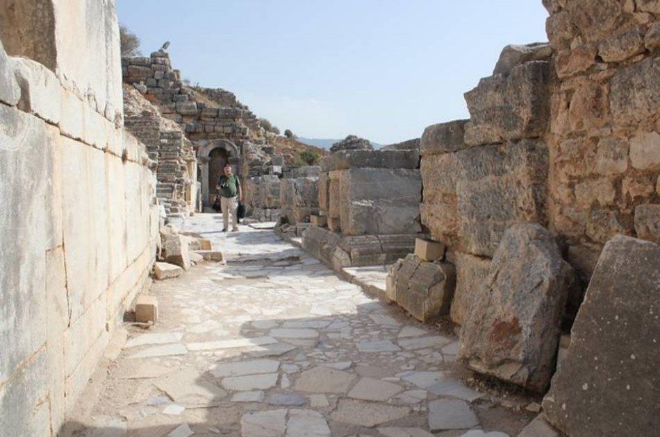 5 Day Tour from Istanbul to Gallipoli, Troy, Pergamon, Pamukkale and Ephesus