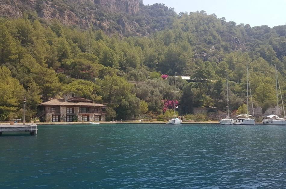 7 Days Cruise Through the Beautiful Aegean Coast
