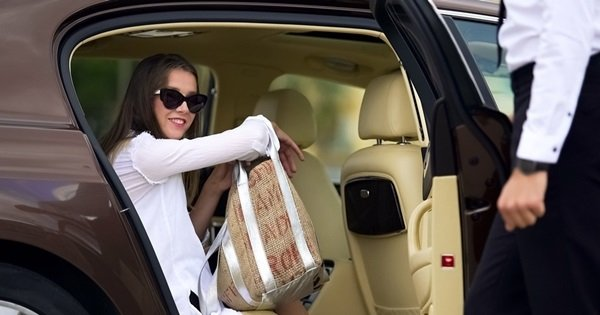 Bodrum (All Areas) to İzmir Airport One Way Private Transfer