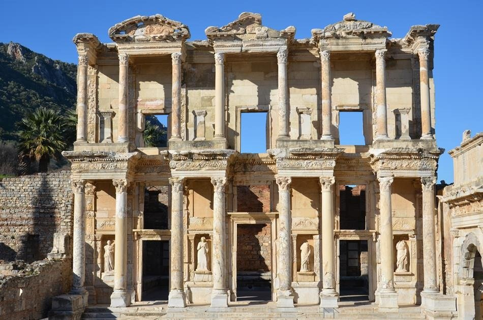 Customize Your Own Half Day VIP Private Tour From Izmir