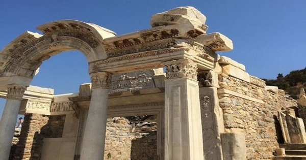 Discover The History of Izmir & Ephesus from Izmir or Cesme