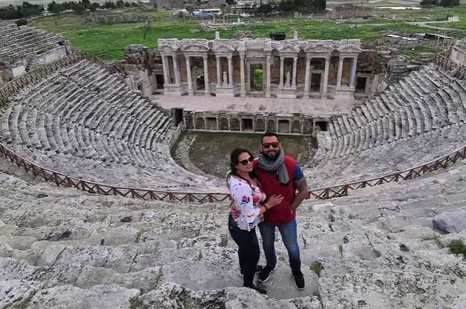 Enjoy a Full Day Tour in Pamukkale and Aphrodisias from Kusadasi