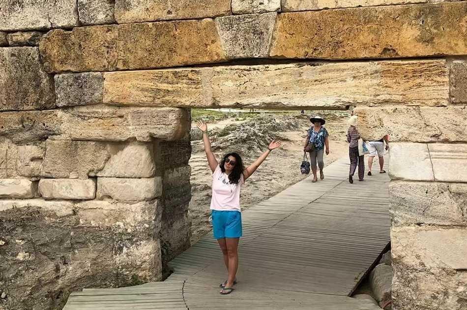 Enjoy a Full Day Tour in Pamukkale and Aphrodisias from Kusadasi