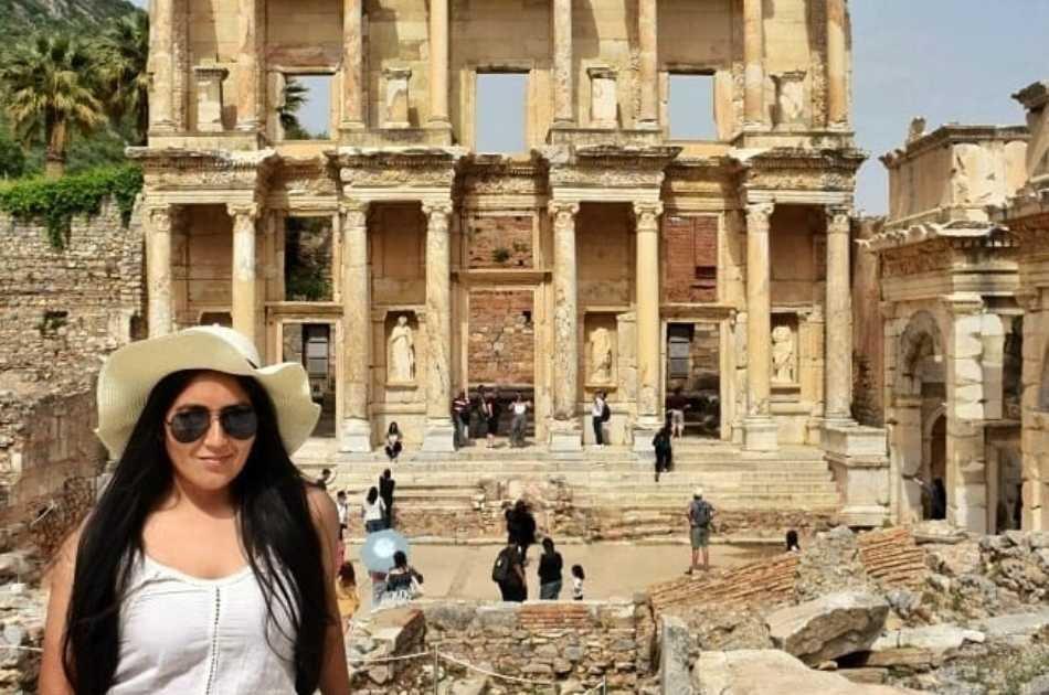 Enjoy a Full Day Trip to Pamukkale from Marmaris