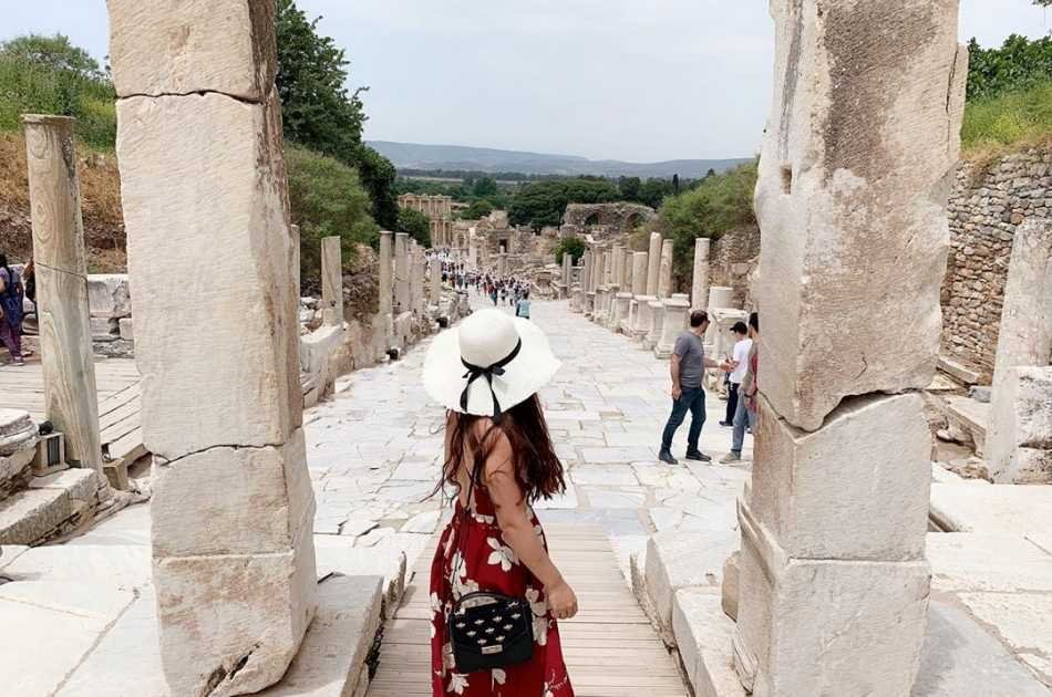 Enjoy a Full Day Trip to Pamukkale from Marmaris