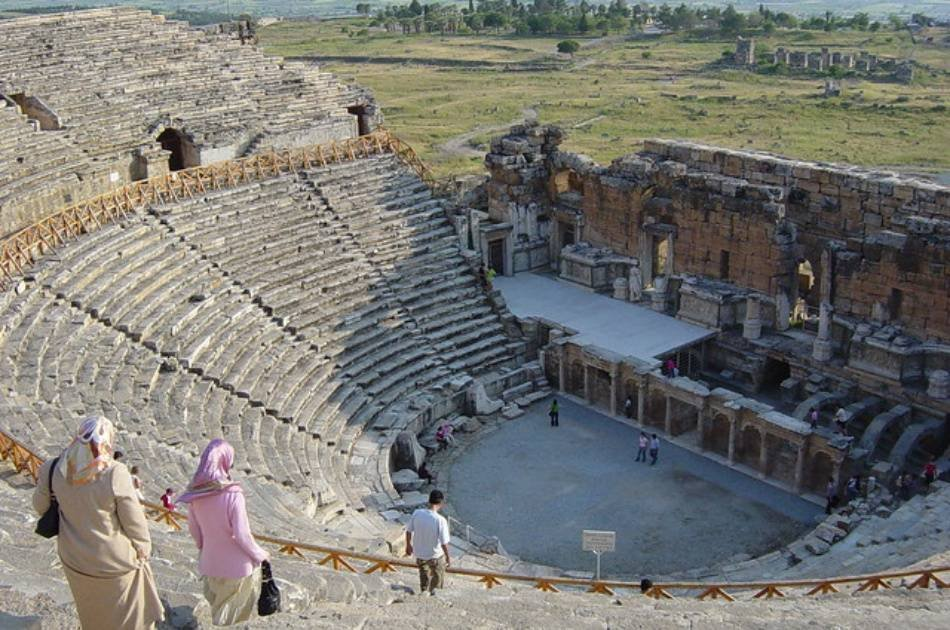 Ephesus and Breathtaking Pamukkale Private Tour From Kusadasi Port