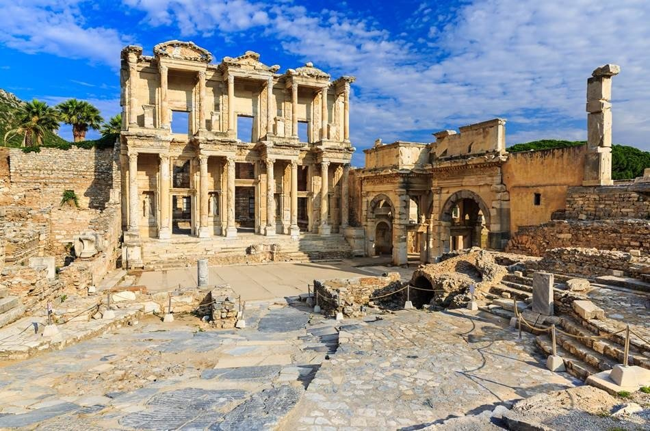 Family Fun Ephesus and Water Park Group Tour From Kusadasi