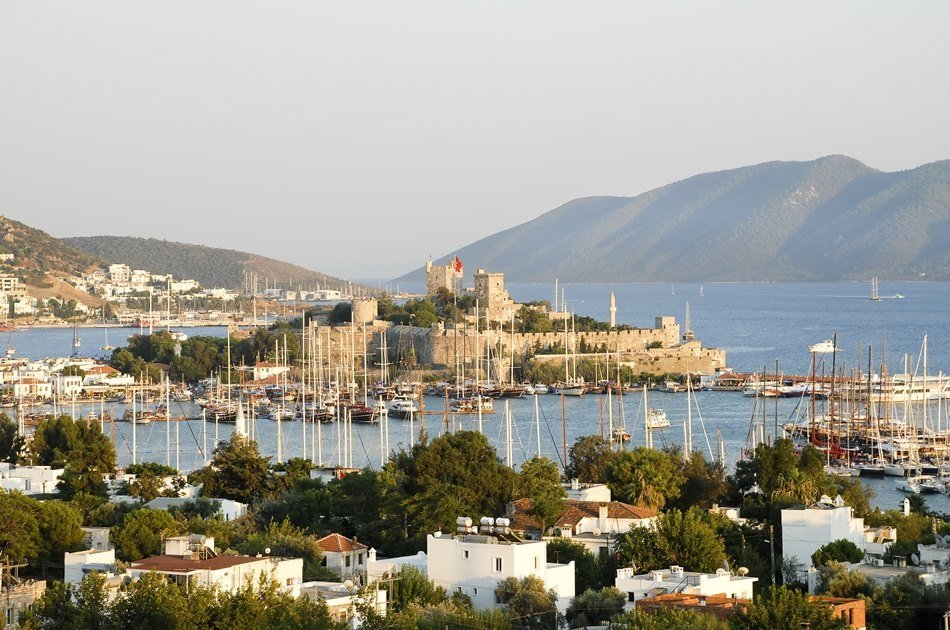 From Izmir Airport to Bodrum (All Destinations) One Way Private Transfer