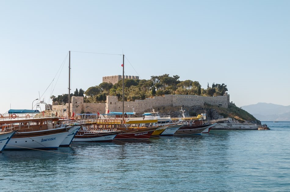 Half Day House Of Virgin Mary & Artemission Tour From Kusadasi & Selcuk