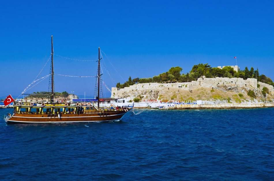 Kusadasi Full–day Boat Trip with Lunch